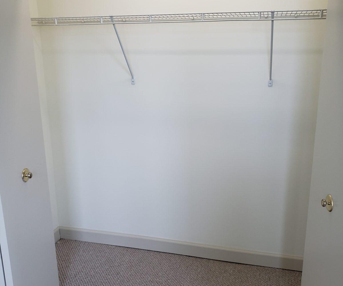 Apt. D - closet